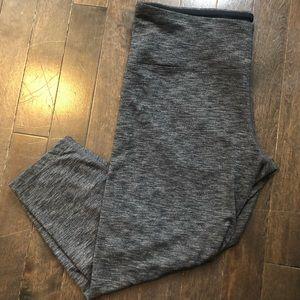 3/$40 Heather Grey Crop Leggings